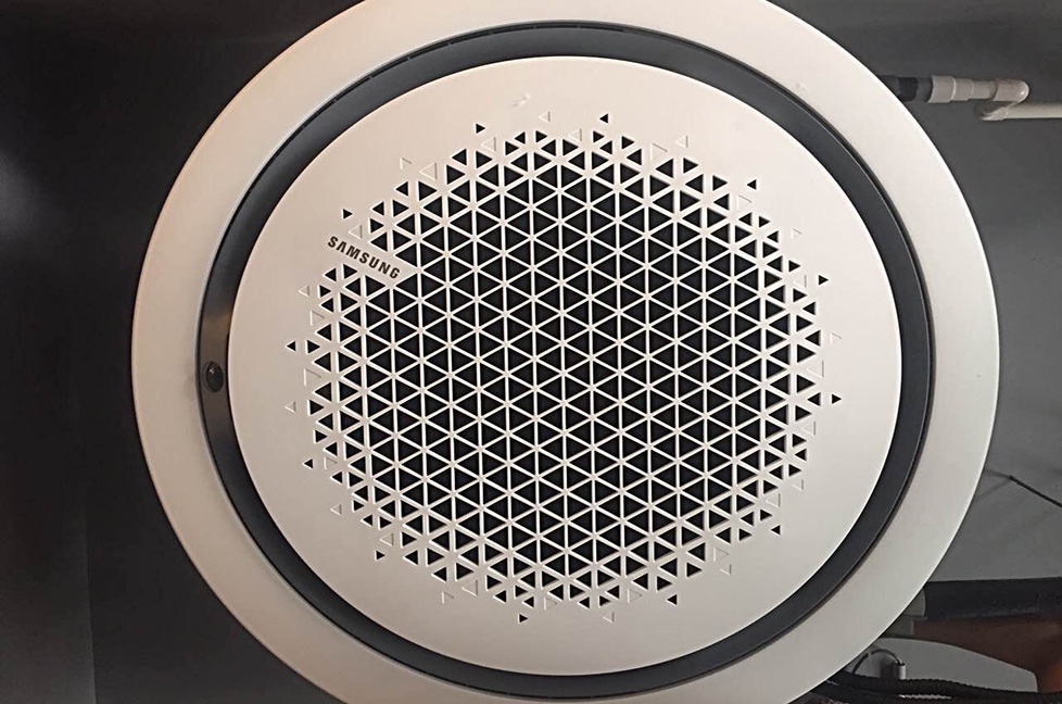 高清图:三星360嵌入式变频空调安装评测赏析